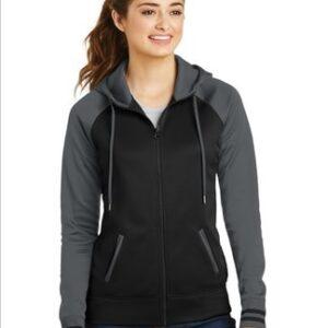 Image of model wearing LST236 black/grey